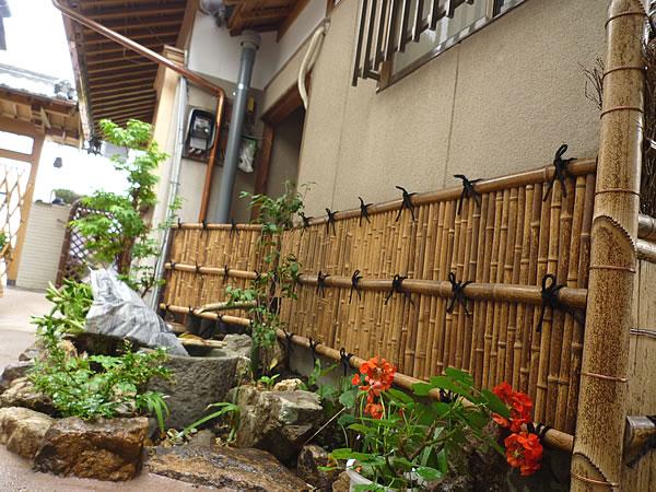 竹のある庭