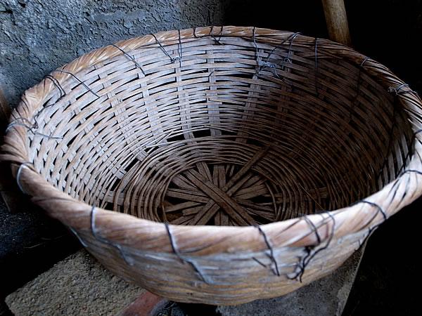 ロマンスグレーな竹籠