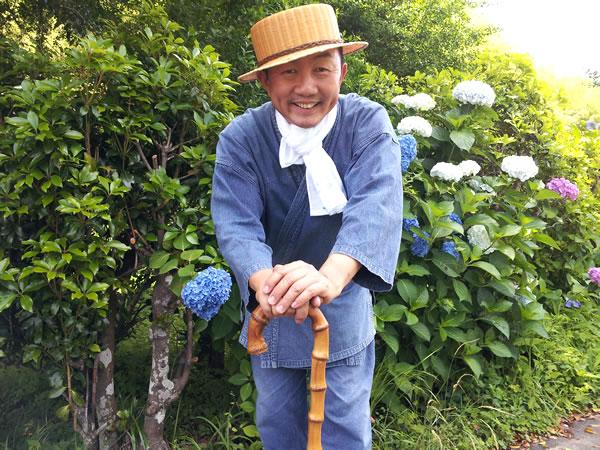 竹帽子で散歩