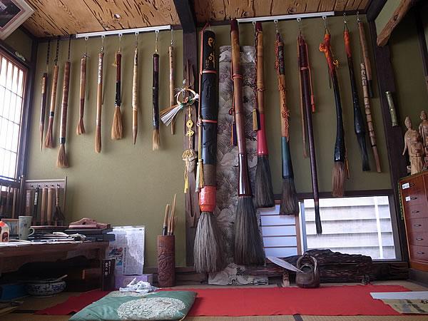 釈迦院作の竹筆