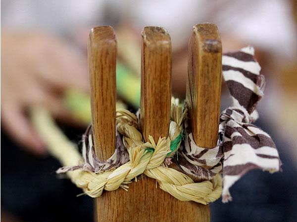 竹皮草履の三つ叉