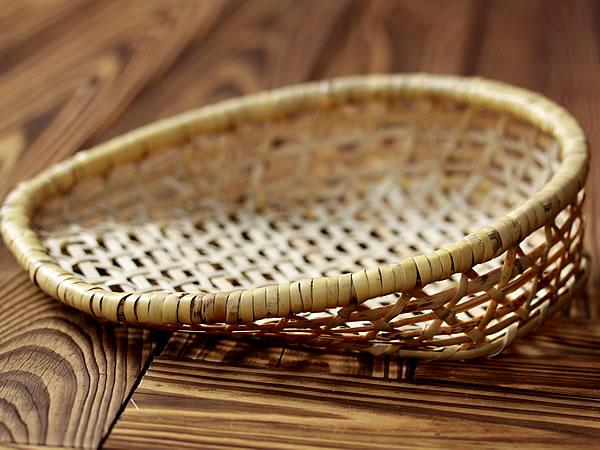 根曲竹の箕