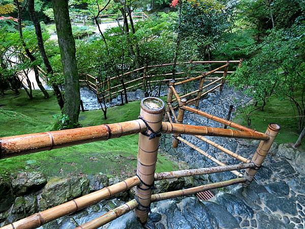 銀閣寺の竹てすり