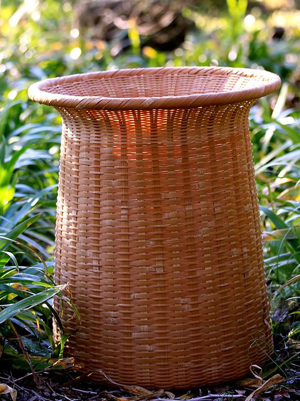 磨きの竹籠