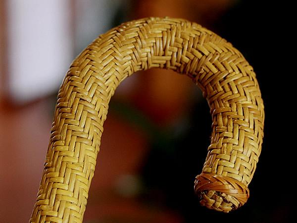 廣島一夫さん愛用の籐巻杖