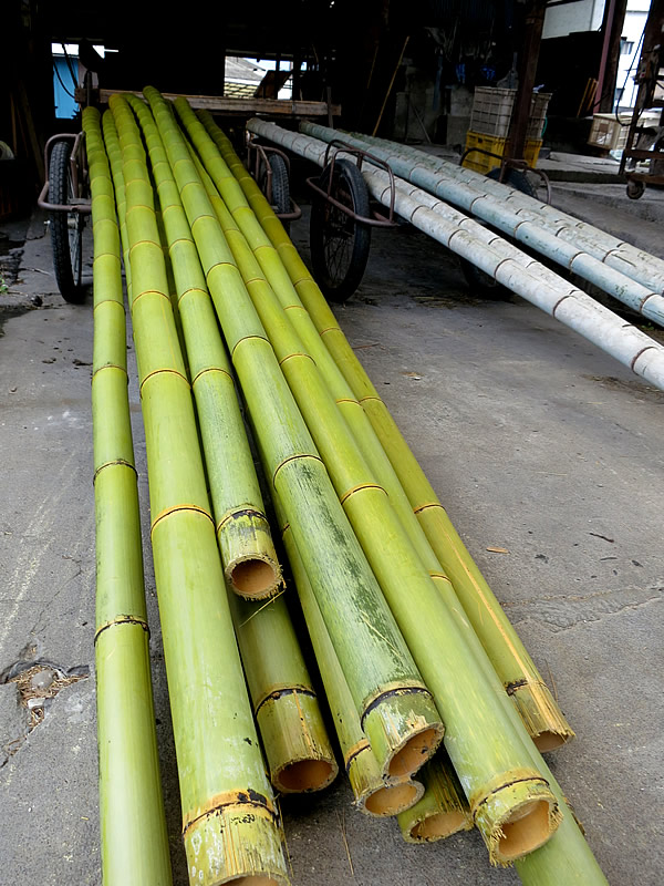 竹湯抜き作業