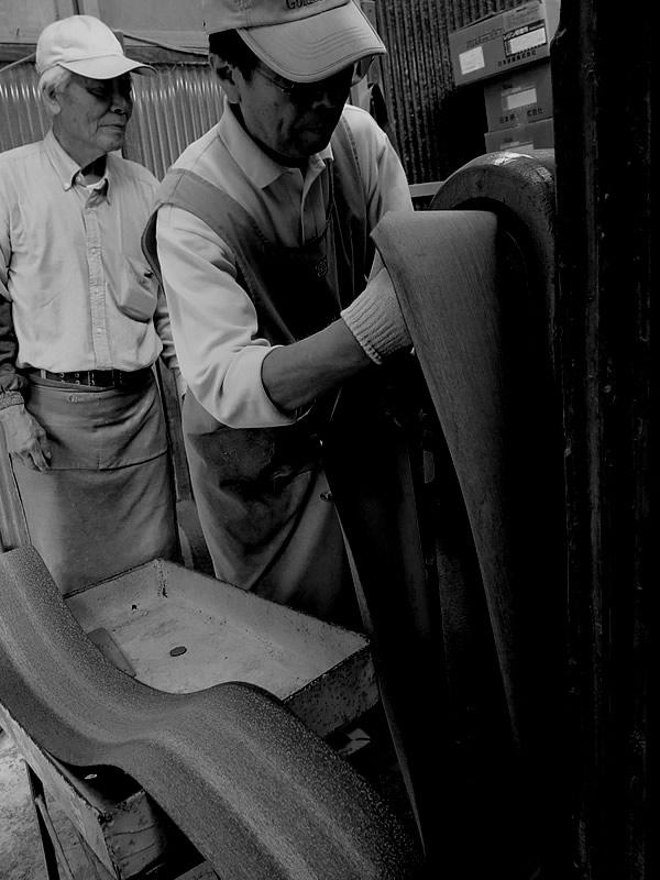 竹工場でのベルト交換