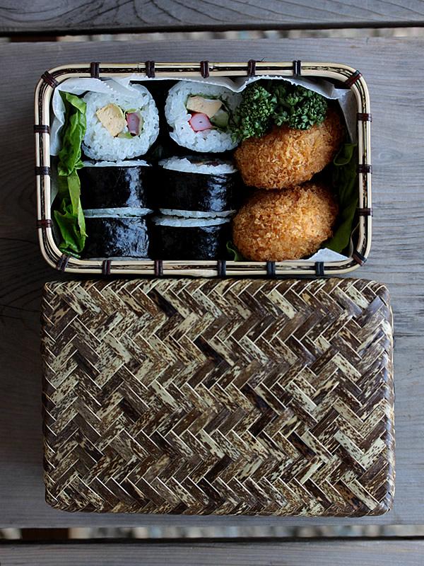 日本唯一の虎竹網代弁当箱