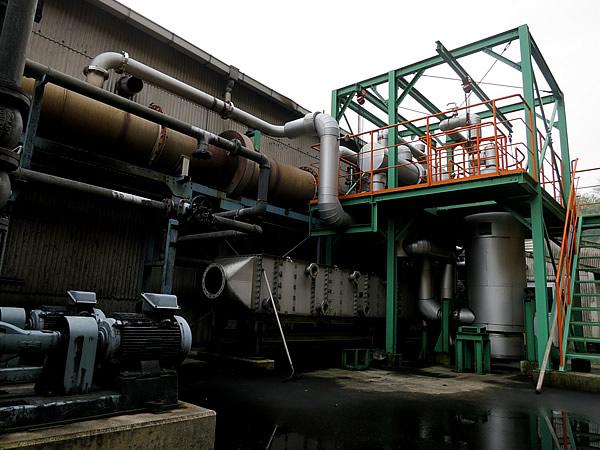 竹酢液採取用大型機械