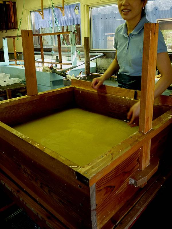 土佐手漉き和紙職人