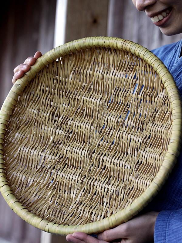 白竹ねじり編み盛籠