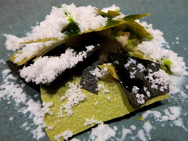 レストランA.T、竹炭、Bamboo charcoal