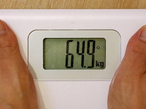 体重64.9キロ