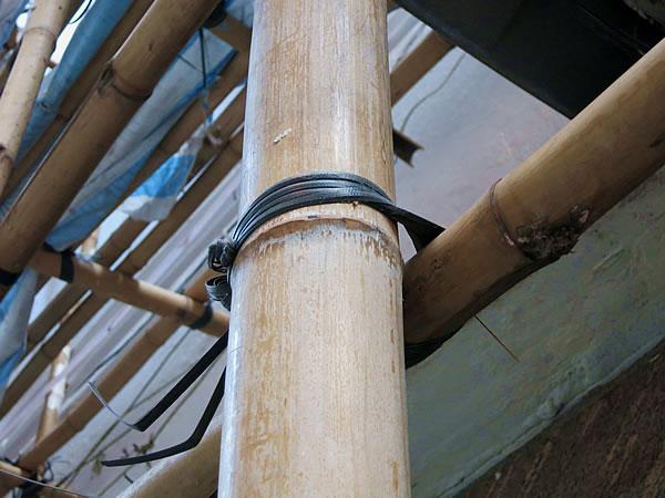 香港の竹足場の紐