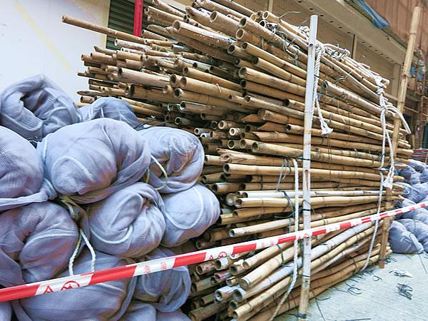 香港の竹足場の竹