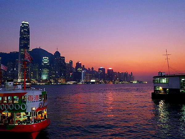 香港の夕暮れ