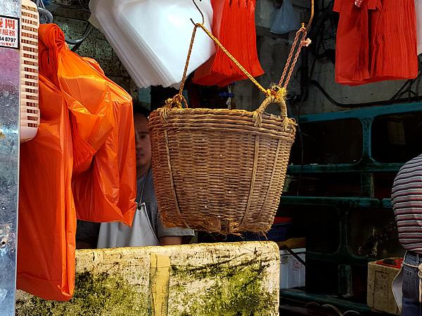 Hong Kong店頭の竹籠