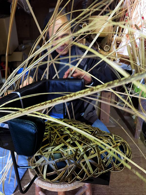 日本唯一の虎竹自動車シート編込み竹職人(bamboo car)
