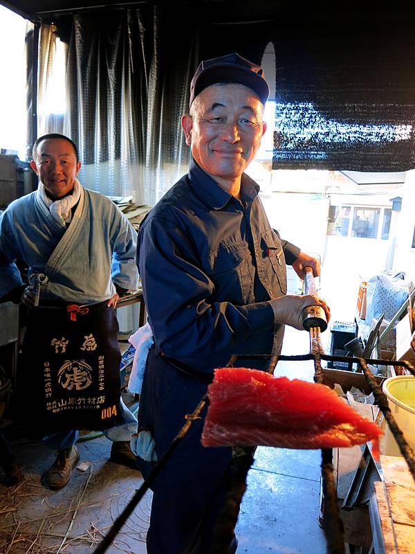 鰹タタキ藁焼き体験、田中鮮魚店