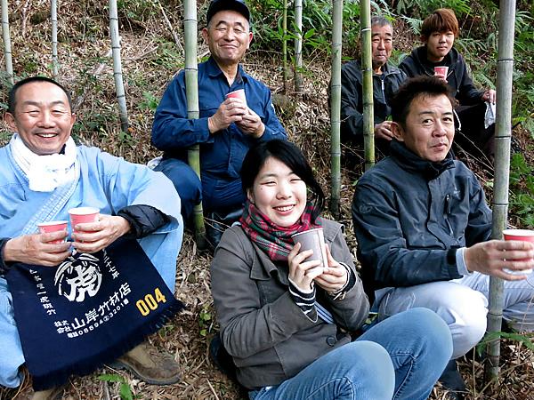 竹林でのコーヒーブレイク