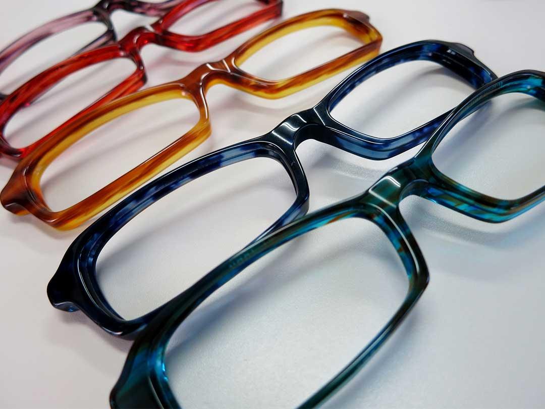 セルフレーム眼鏡