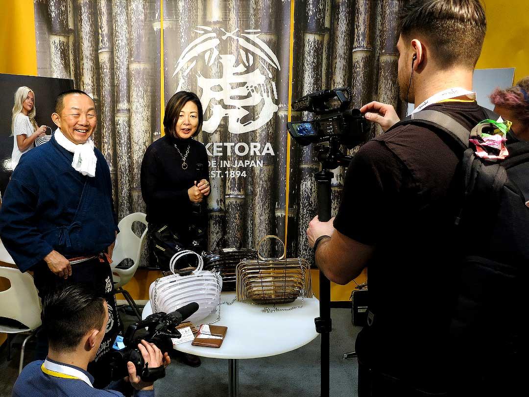 竹虎四代目(山岸義浩、YOSHIHIRO YAMAGISHI、TAKETORA)、COTERIE展でのテレビ・新聞取材