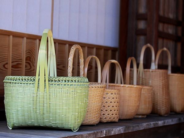 竹籠の美しい経年変化