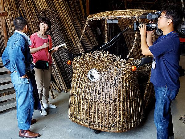 野村舞アナウンサー、竹虎四代目、日本唯一の虎竹自動車