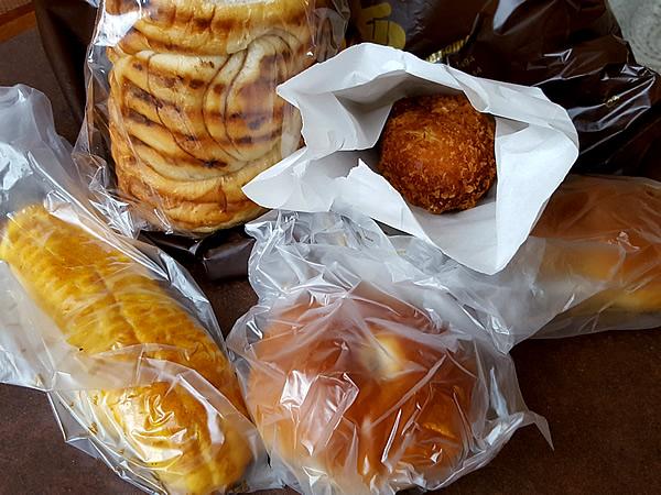 モアのパン
