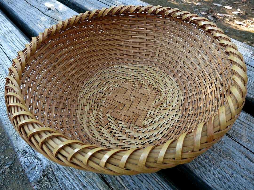 土佐網代(あじろ)の竹籠