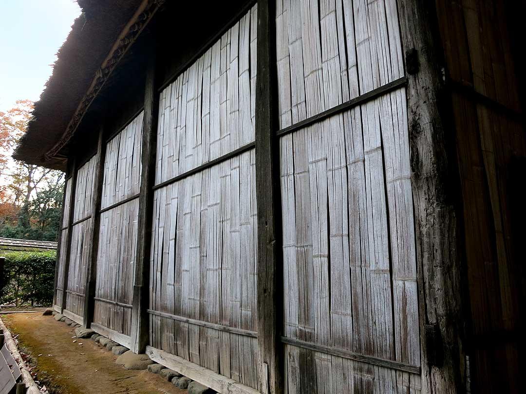 竹ヒシギ壁の古民家