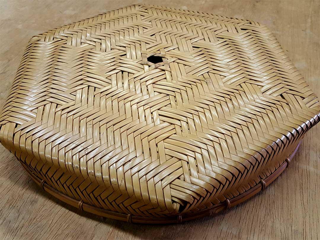 黒い竹ネットの竹籠