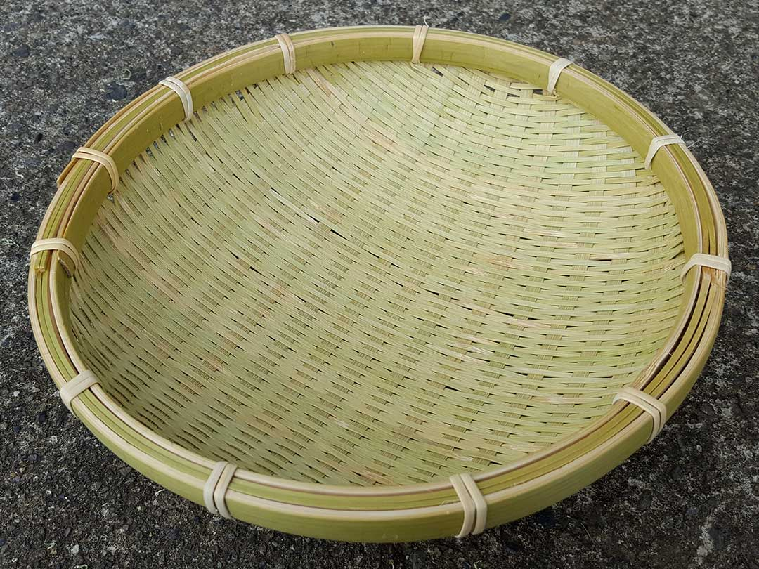 蓬莱竹(ホウライチク)の竹ざる