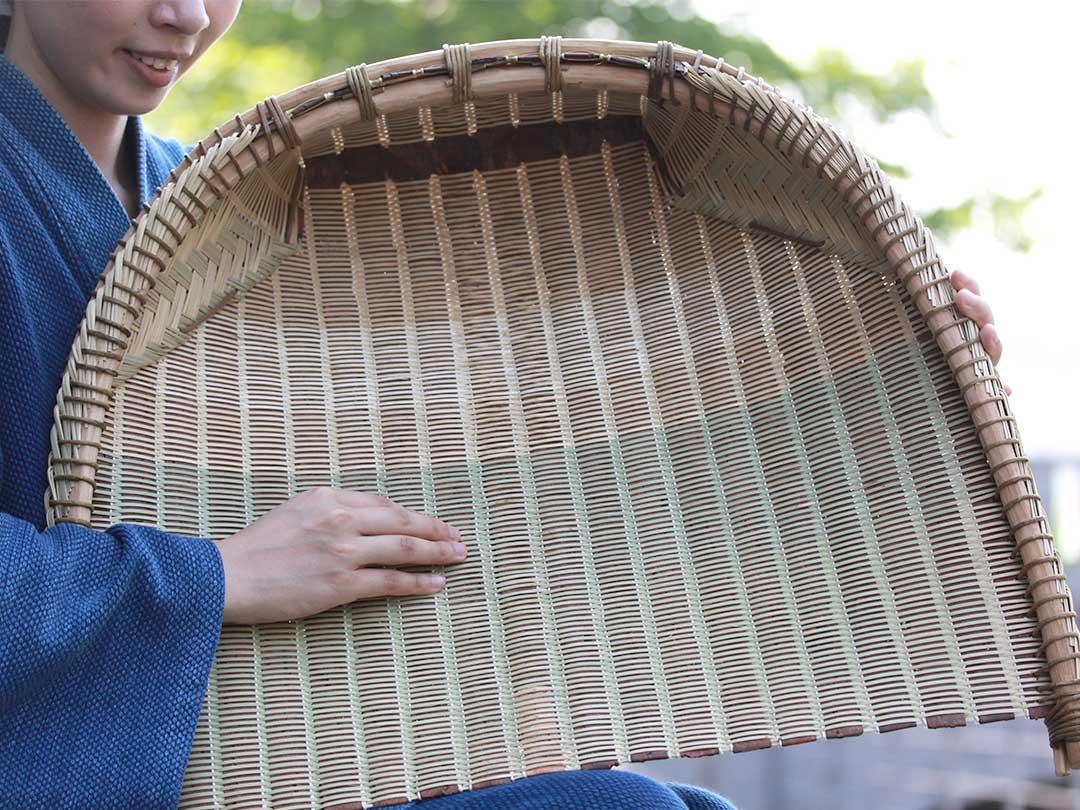 蓬莱竹(ホウライチク)、シンニョウチクの箕