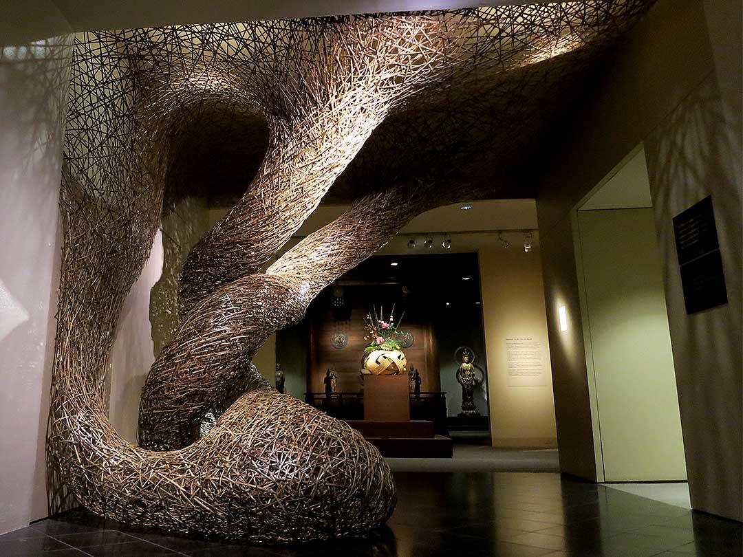 ニューヨーク、メトロポリタン美術館、田辺竹雲斎虎竹インスタレーション