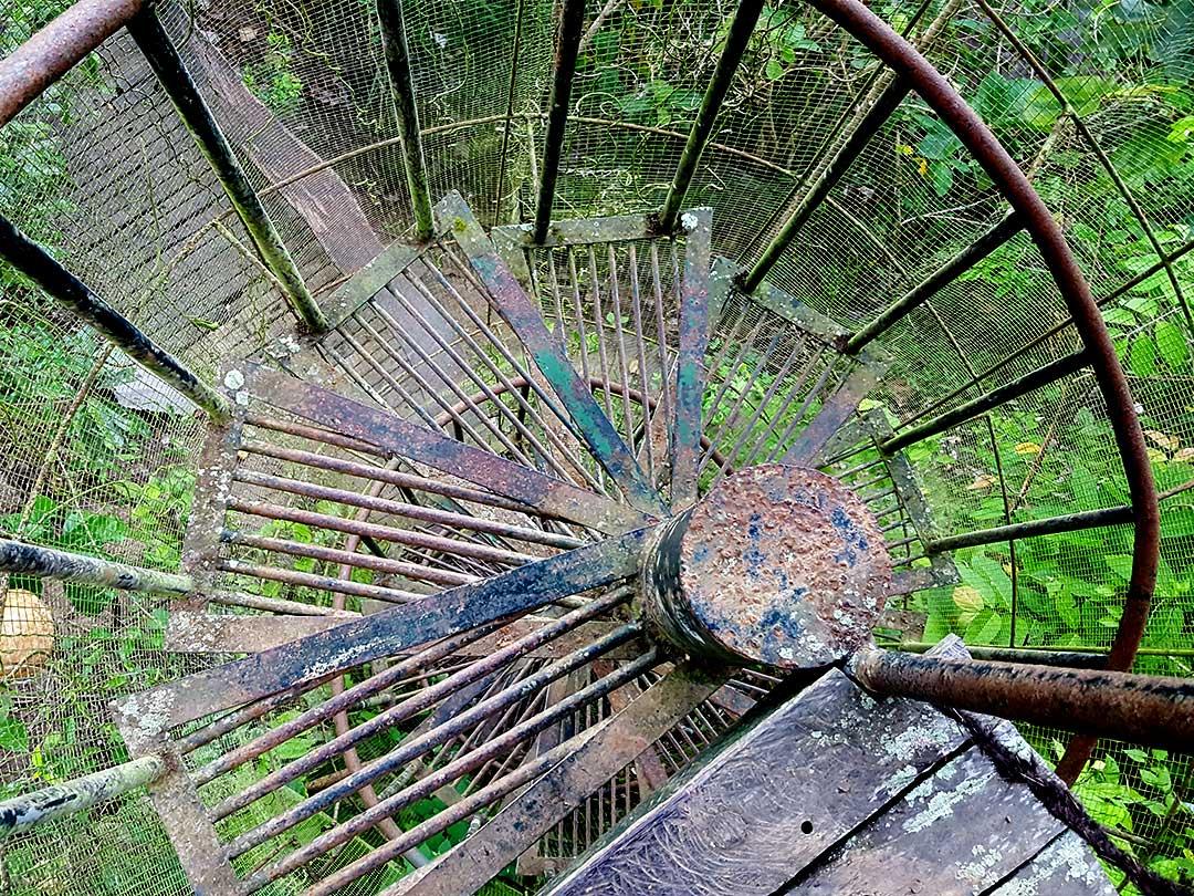bambu indah、螺旋階段