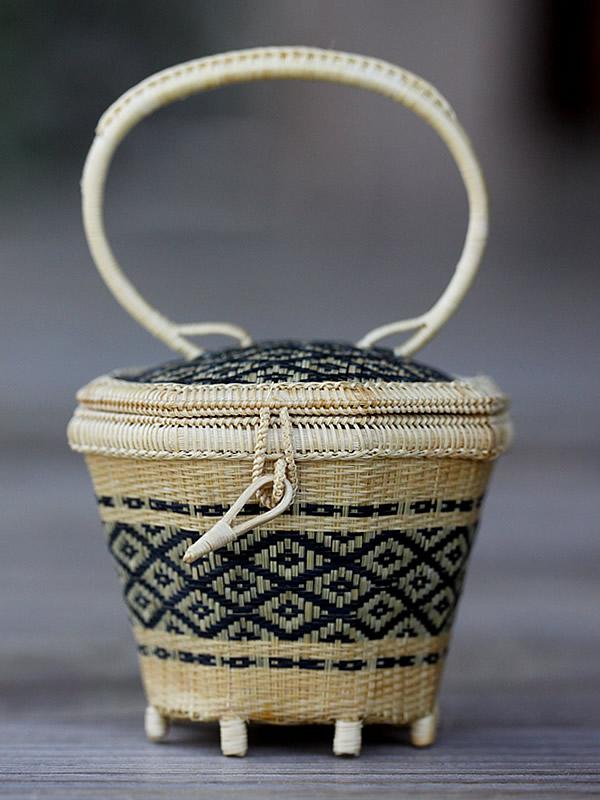 タイ王室御用達竹工芸