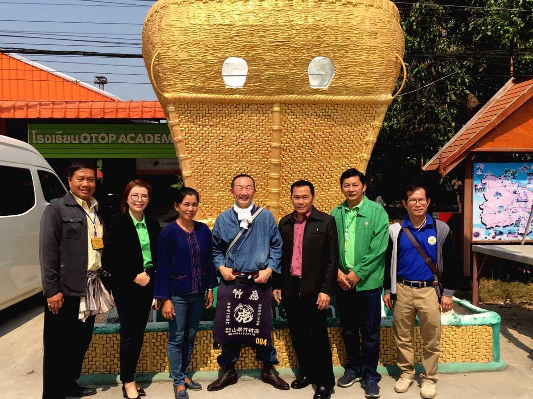 タイの竹細工工場