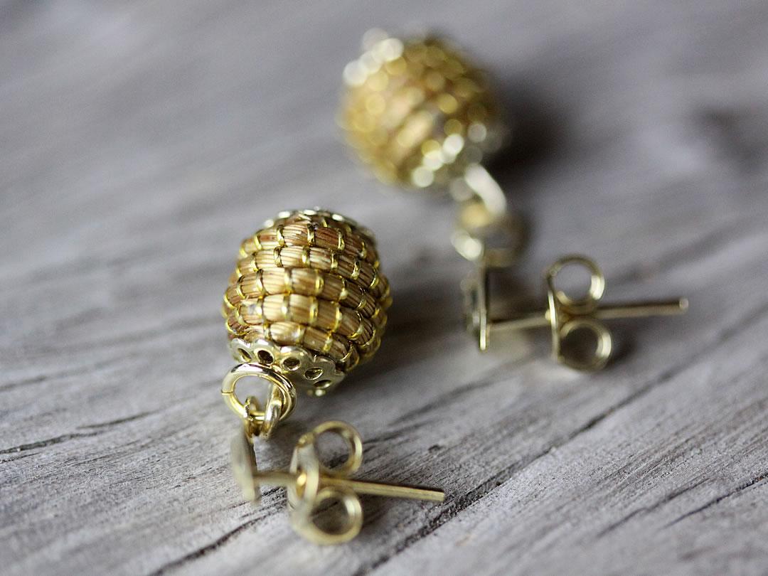 ゴールデングラス、自然の宝石
