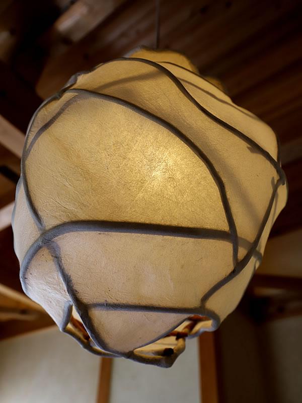 Rogier Uitenboogaart(ロギール・アウテンボーガルト)作の和紙灯り