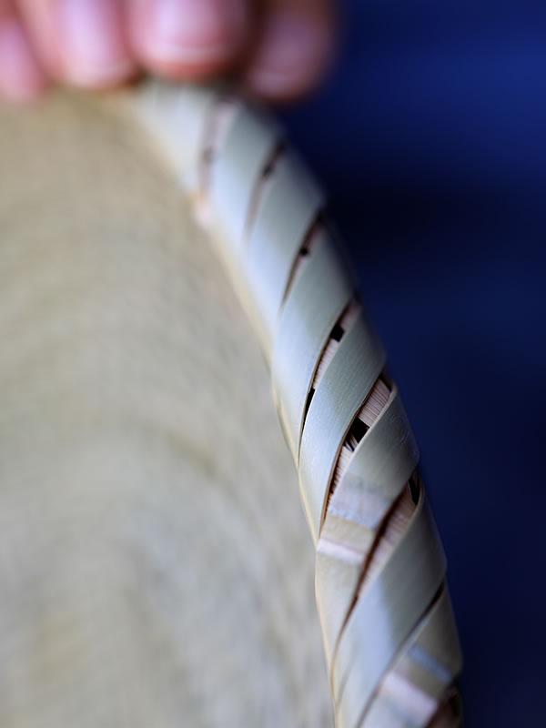 竹ざるの縁巻