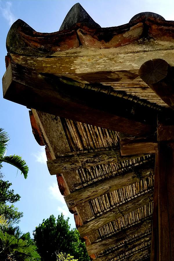 野地板代わりの竹材