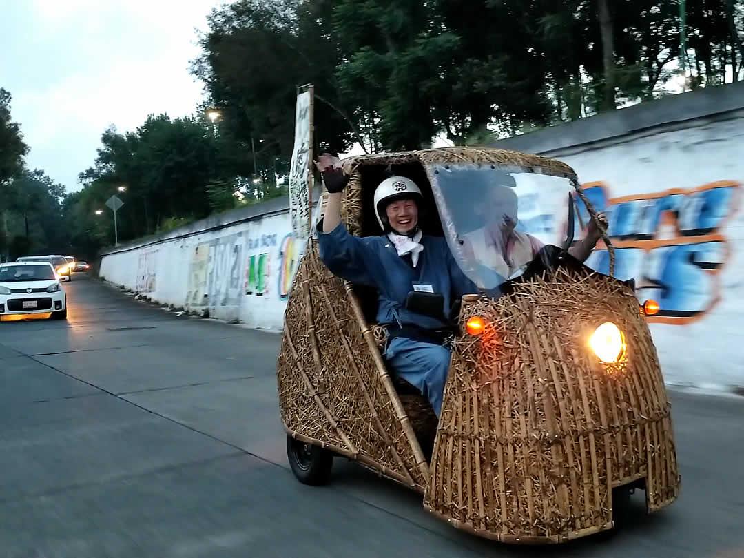 日本唯一の虎竹電気自動車「竹トラッカー」メキシコラン