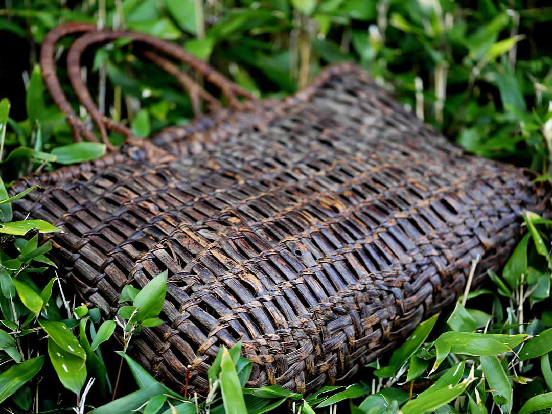 山葡萄棚編み手提げ籠バッグ