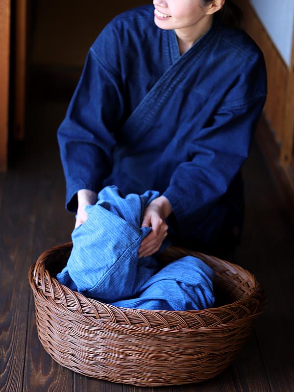 シダ編み脱衣かご