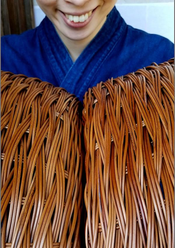 シダ(わらび)編み洗濯かご