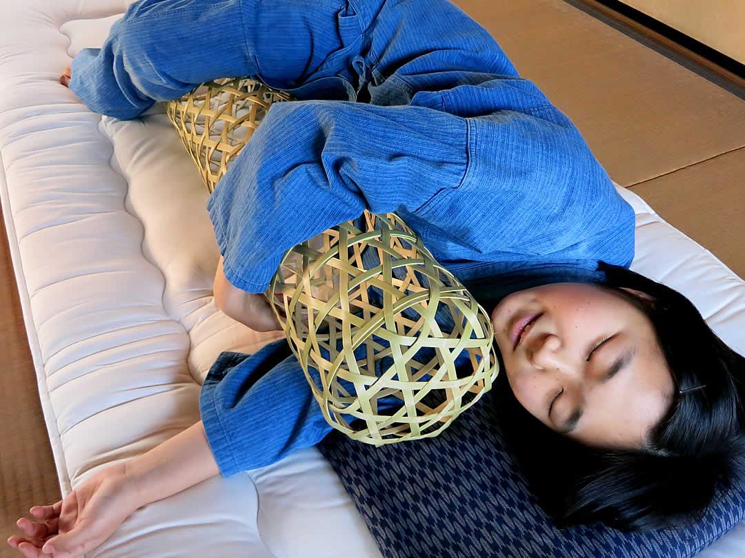 竹抱き枕、竹夫人、竹婦人、まくら