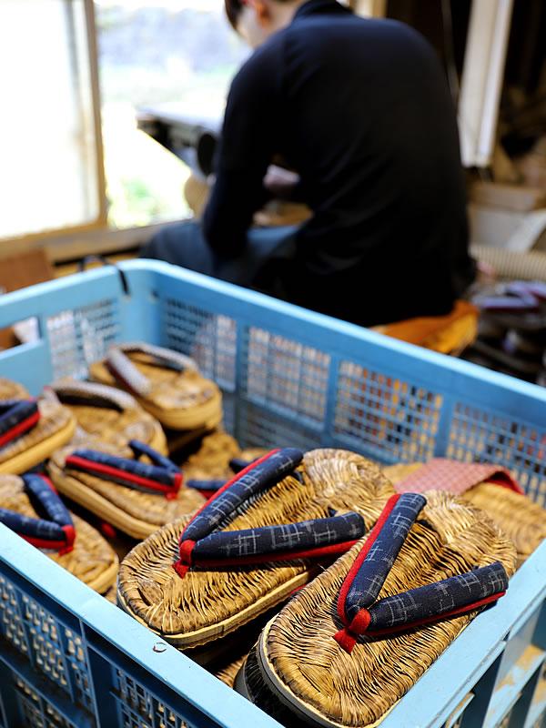 国産竹皮スリッパ製造