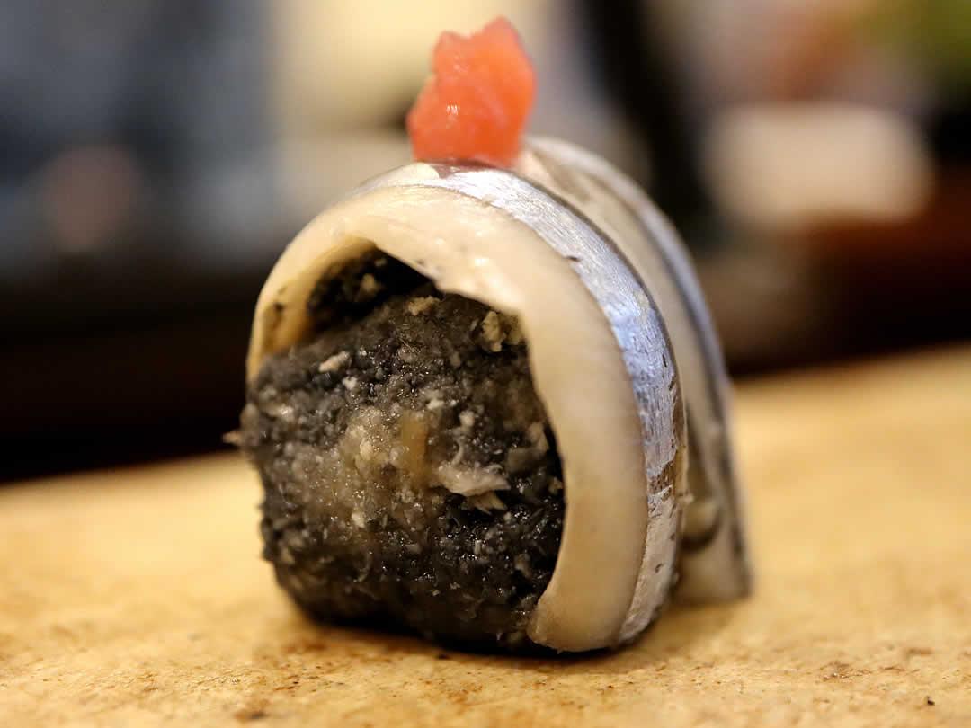 竹炭きびなごおから寿司