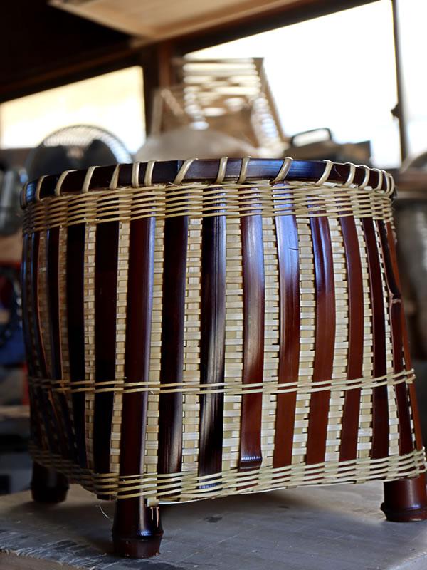 染め竹入籠